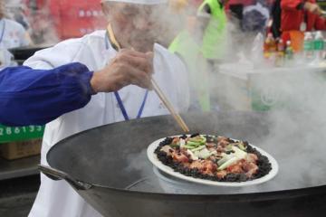 叔侄齐上阵打造来自于黄姚古镇的极致美味