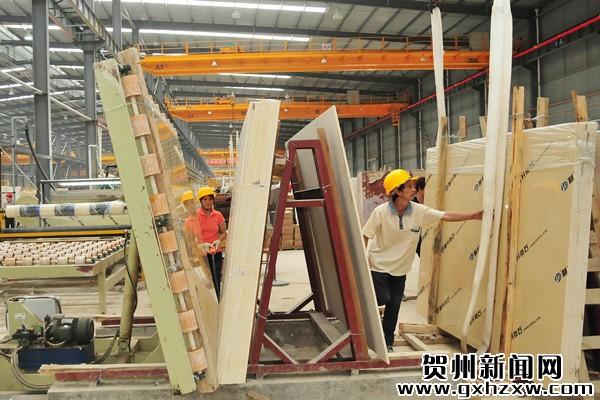 平桂:非公经济成为经济发展的主力军