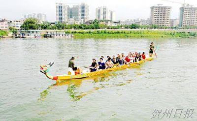 2016年昭平县长寿文化旅游节的各参赛队进入紧张的备战阶段