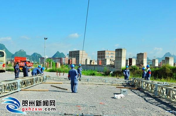 贺州供电局:迎峰度夏忙不停 应急演练炼队伍