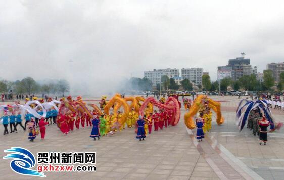 龙狮劲舞闹新春 瑶乡民俗放异彩