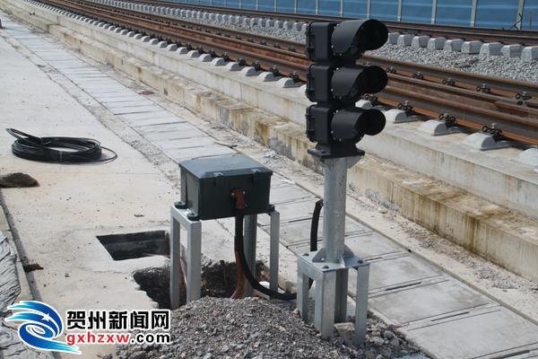 贵广高铁今日开通是谣言  预计下月联调联试年底通车